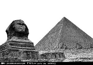 史学家希罗多德在《历史》中这样描述奴隶们修建金字塔的场景:每图片